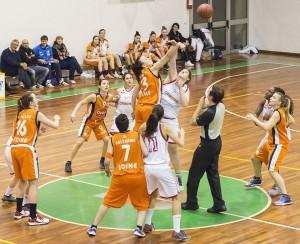 Bc_Bolzano_Libertas_Sporting_School_udine_finale_g1_playoff_basket_a3femm.jpg