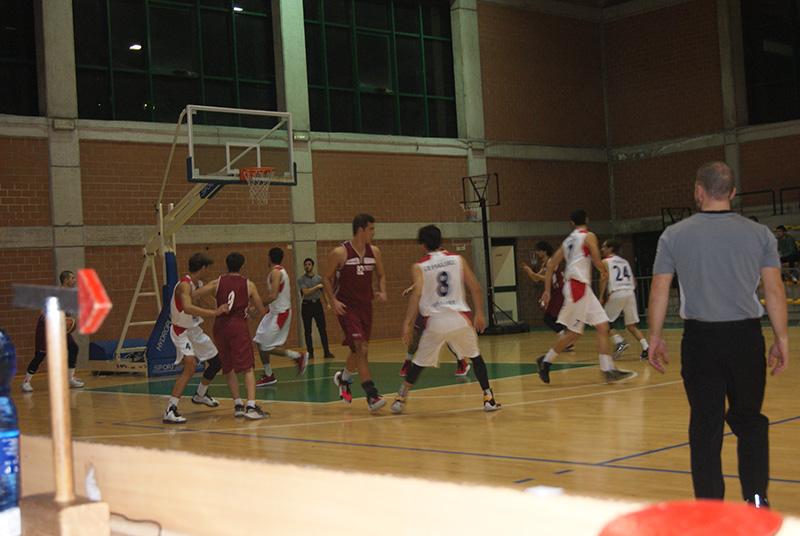 Basket Acireale accellera dal secondo quarto sul campo del Cus Catania