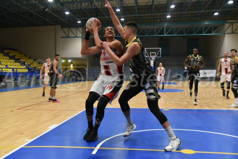 CJ Taranto-Ruvo 76-61: rossoblu unici… fanno 11!