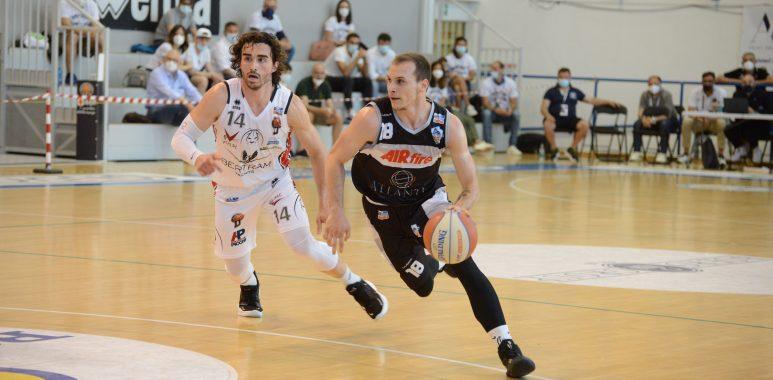 Sconfitta solo all'ultimo respiro per l'Atlante Eurobasket Roma