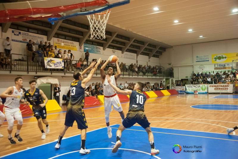 Battuta d'arresto casalinga per il Giulianova Basket 85