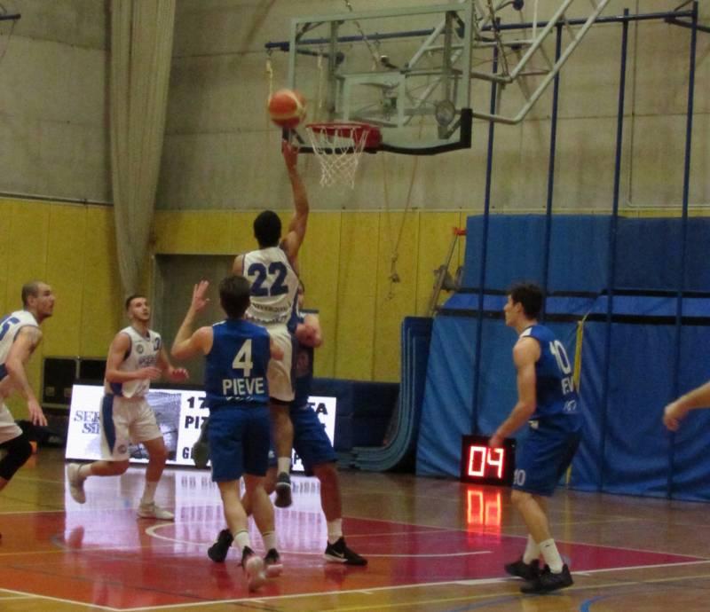 Spettacolare ed importante vittoria Playbasket contro la quotata Basket Pieve