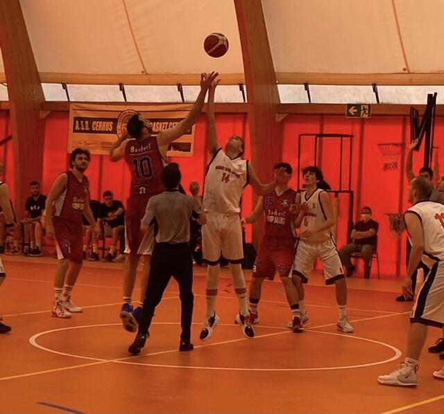Vittoria con brivido per Barberi Valsesia Basket che supera Trecate all'overtime!