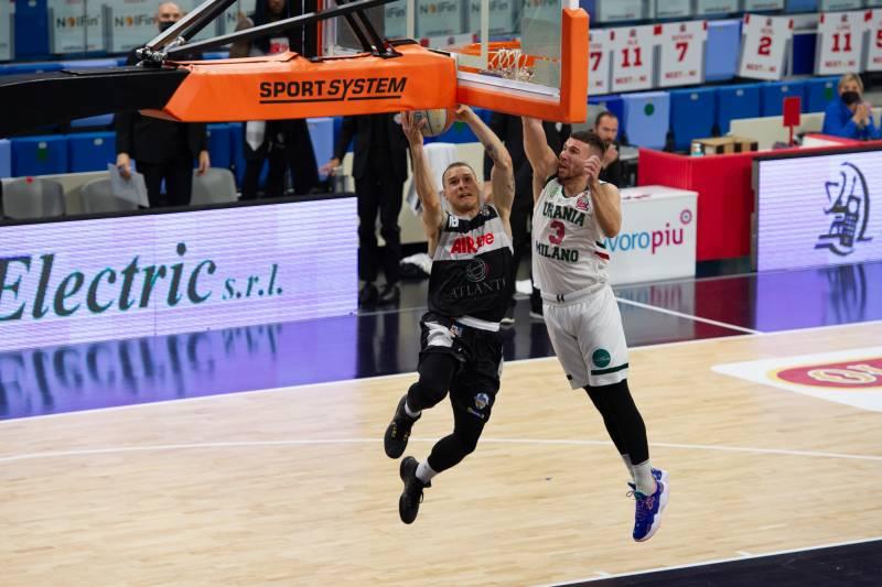 Atlante Eurobasket Roma superata nel finale dall'Urania Basket Milano