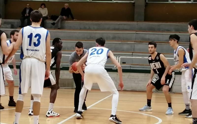 Pizzoli Veni Basket-Antal Pallavicini