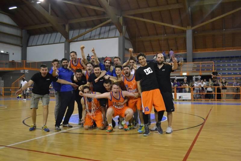 sambonifacio_basket_campioni_promozione_verona_2015_serie_D.jpg