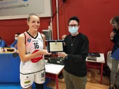 Arianna Beltrame premiata dalla Lega Basket Femminile