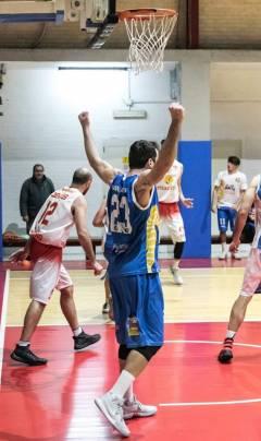 Torna alla vittoria la Pallacanestro Salerno, ad Isernia termina 77-87